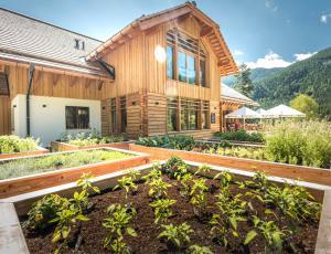 Der eigene Kräutergarten bei der Kohlröserlhütte