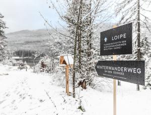 Winterwanderweg um den Ödensee.